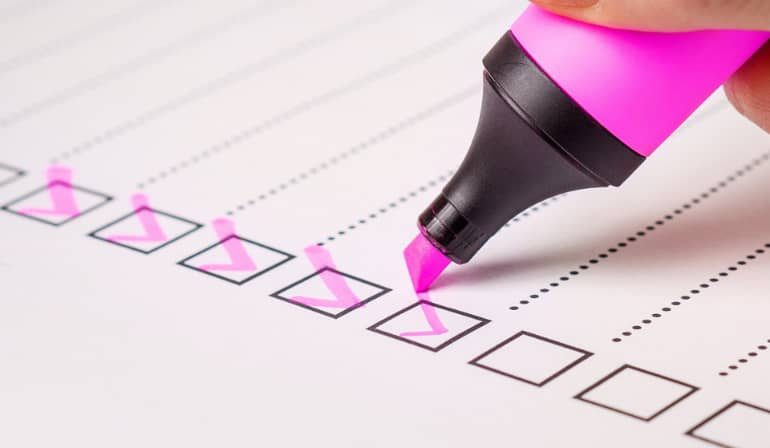Illustration d'une check-list de documents à cocher